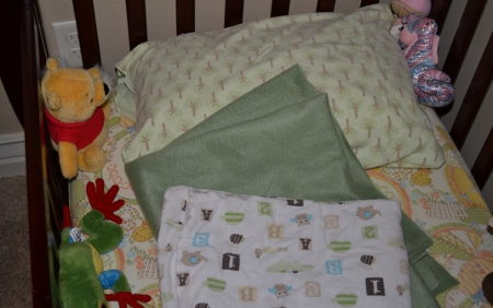 hadncrafted baby bedding
