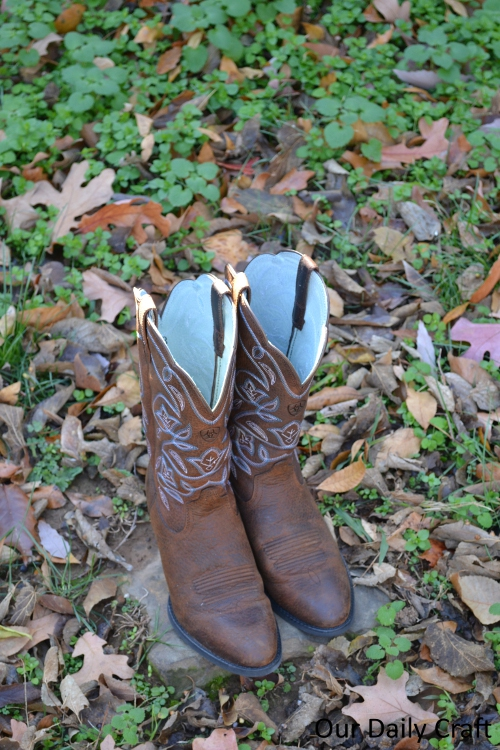 The Kind of Girl Who Wears Boots {Country Outfitter Giveaway!}