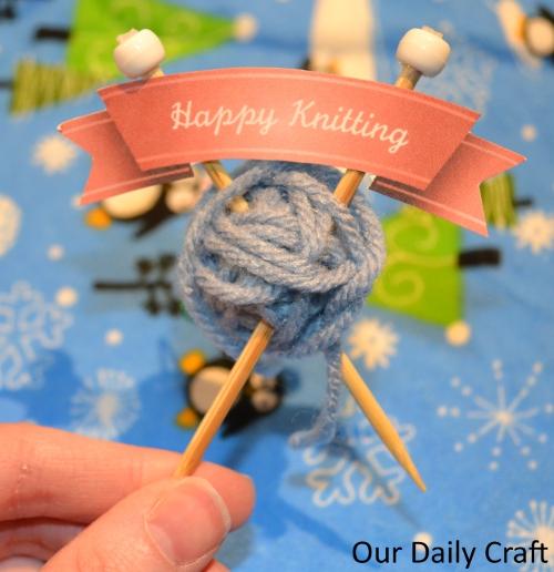 knitting ornament