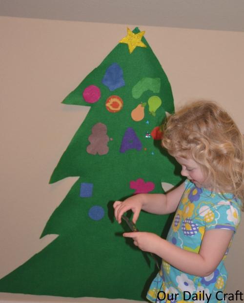 decorating felt tree