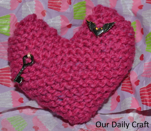 knit heart charms