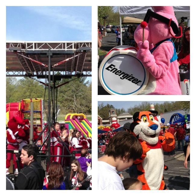 mascots at Razorfest