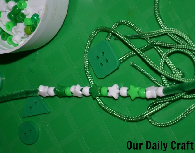 bead string pattern development