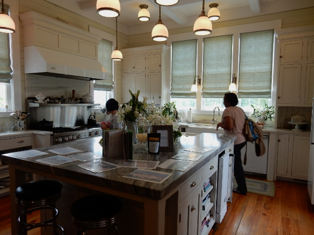 p allen smith kitchen