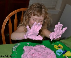 messy hands sensory