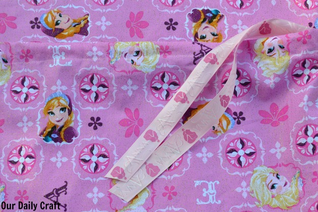 ribbon in bag drawstring