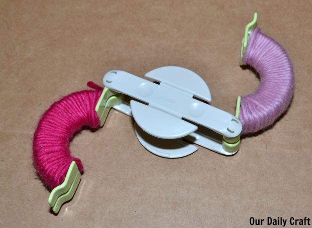 open yarn pom pom maker
