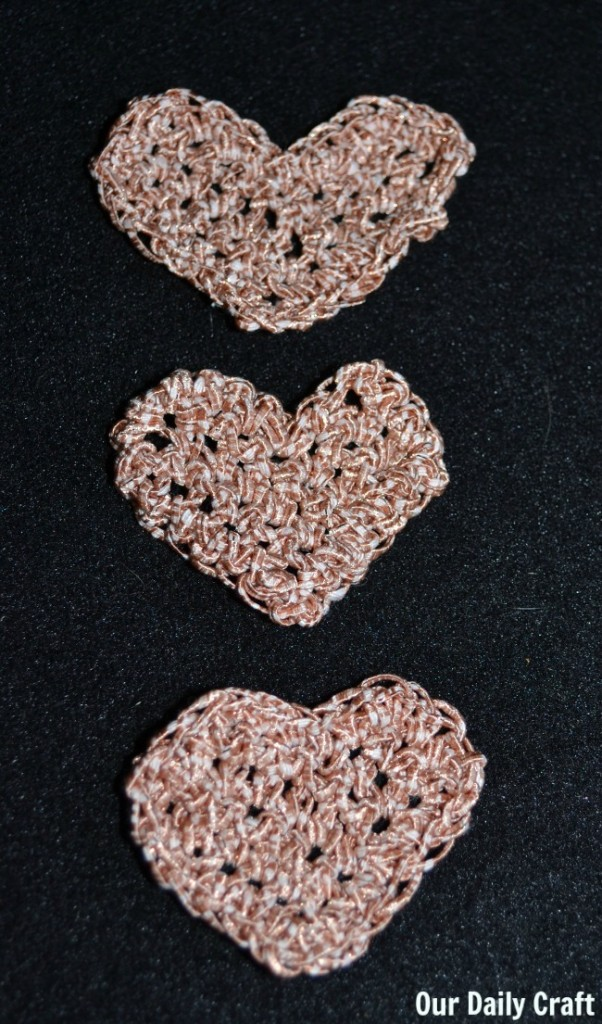crocheted hearts repeat crafter me