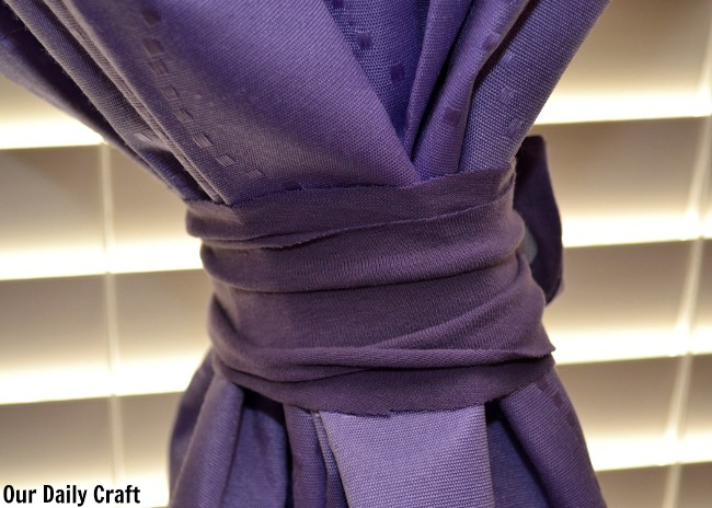 Easy Upcycled DIY Curtain Tiebacks