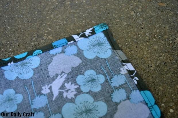 Sewn edges fabric napkins