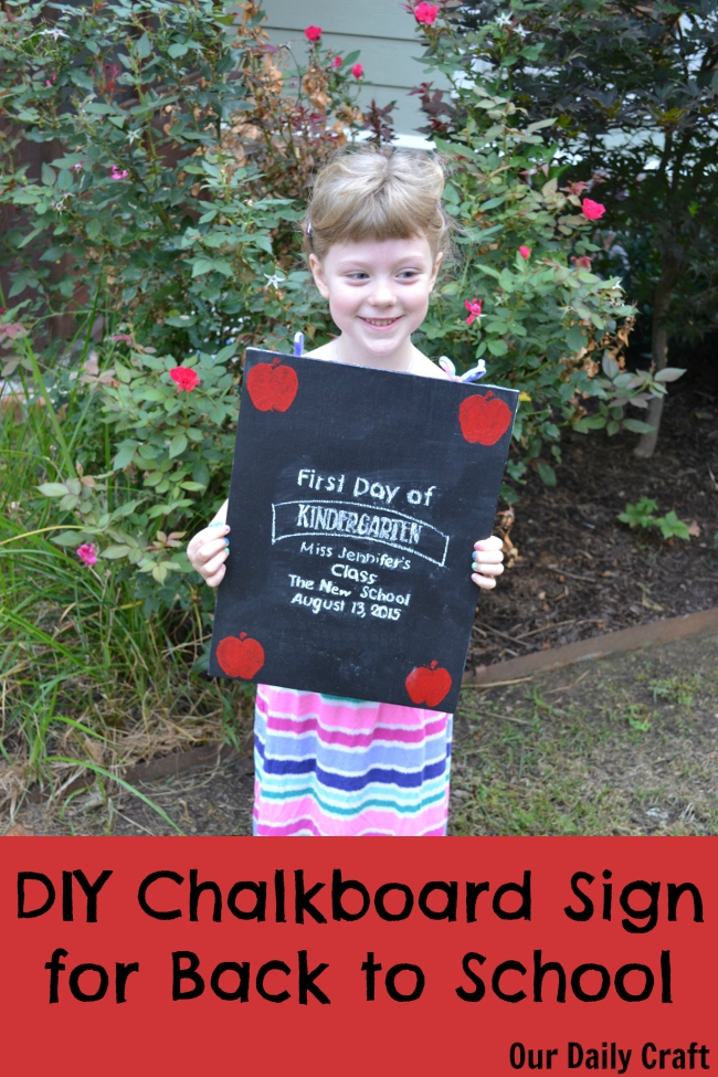 Make a sweet DIY chalkboard sign for your hcild to hold in first day pictures!