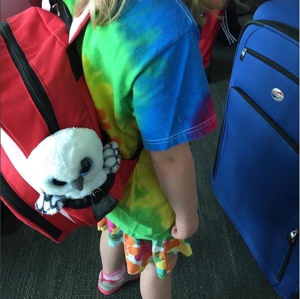 getting ready to travel with kids? Here's the stuff we really used to entertain her on our vacation.
