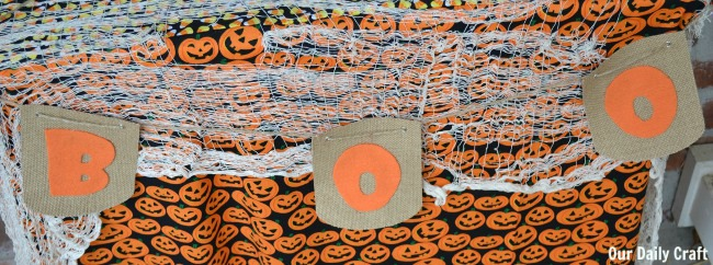 boo banner for halloween table