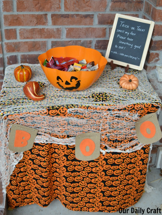finished trick or treat table