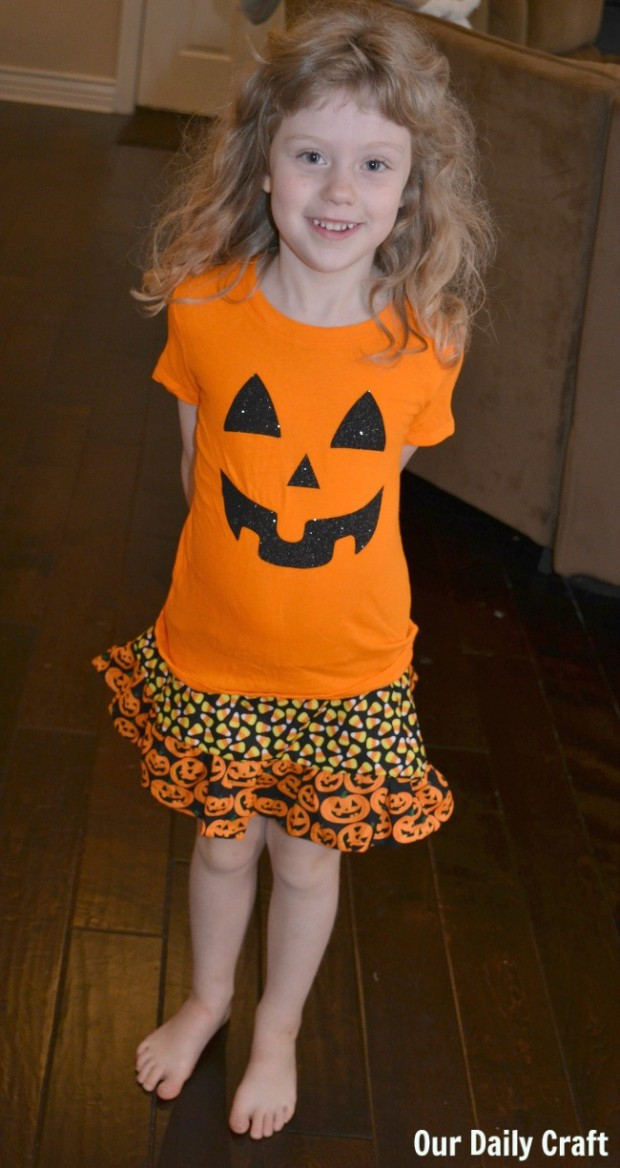 girl's halloween skirt