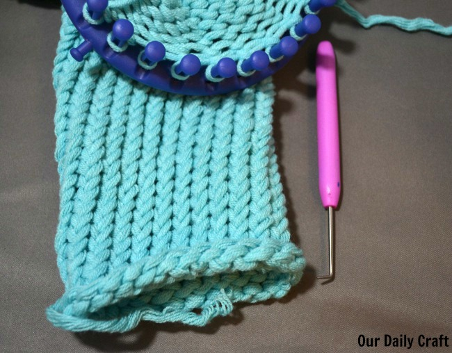 Different Knitting Stitches For Loom : Try Loom Knitting {Craft Challenge, Day 36} - Our Daily Craft