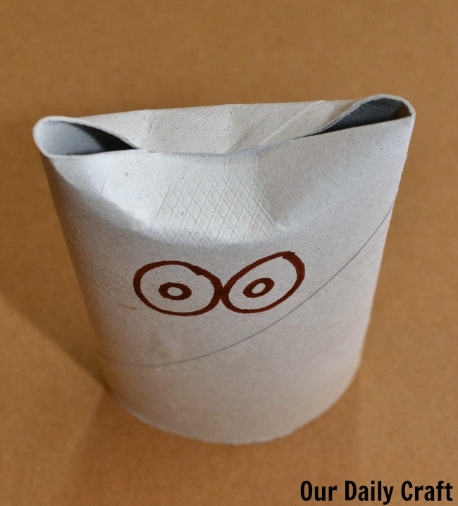 owl eyes cardboard roll