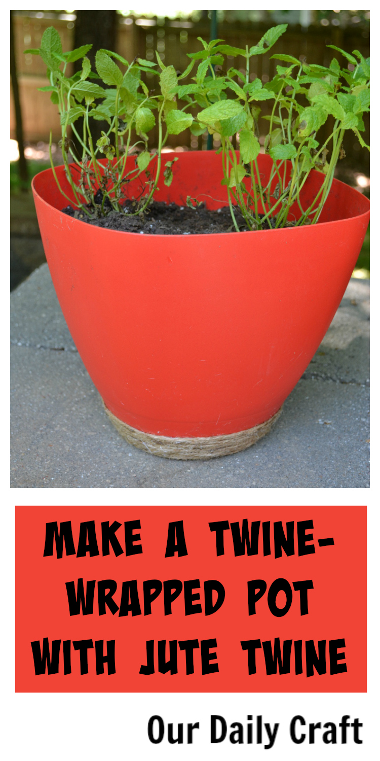 Make a twine-wrapped pot with jute twine