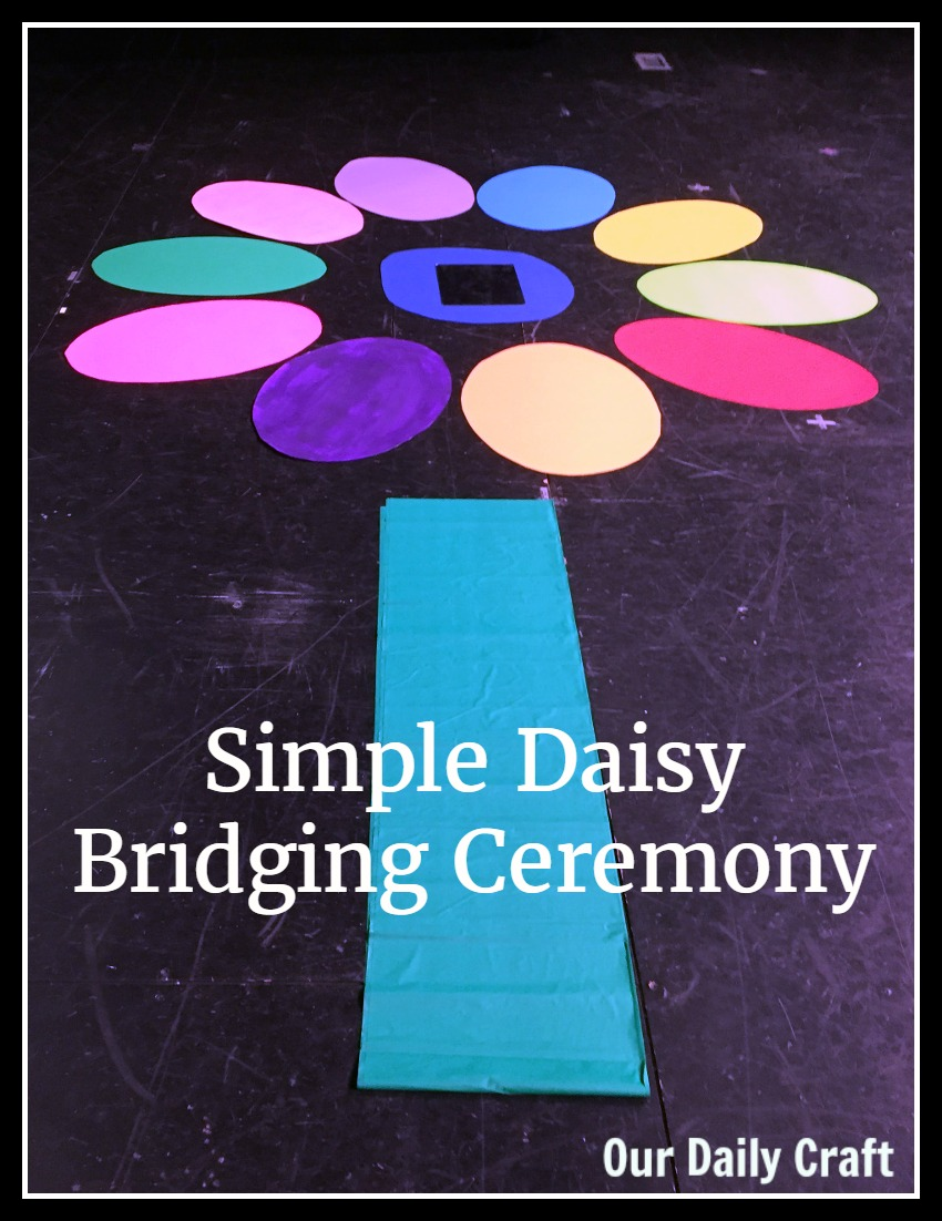 Plan a simple Daisy bridging ceremony for your Girl Scouts.