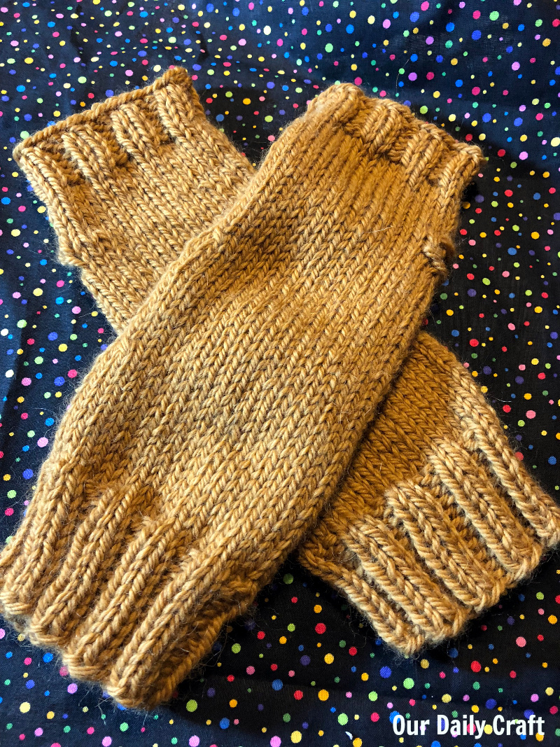 easy fingerless gloves knitting pattern