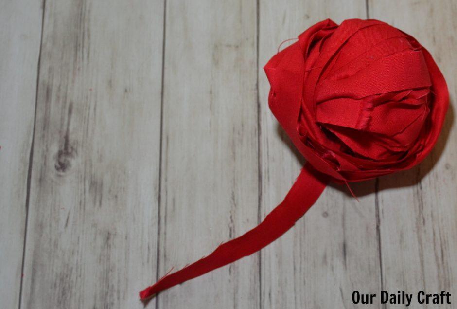 make fabric yarn