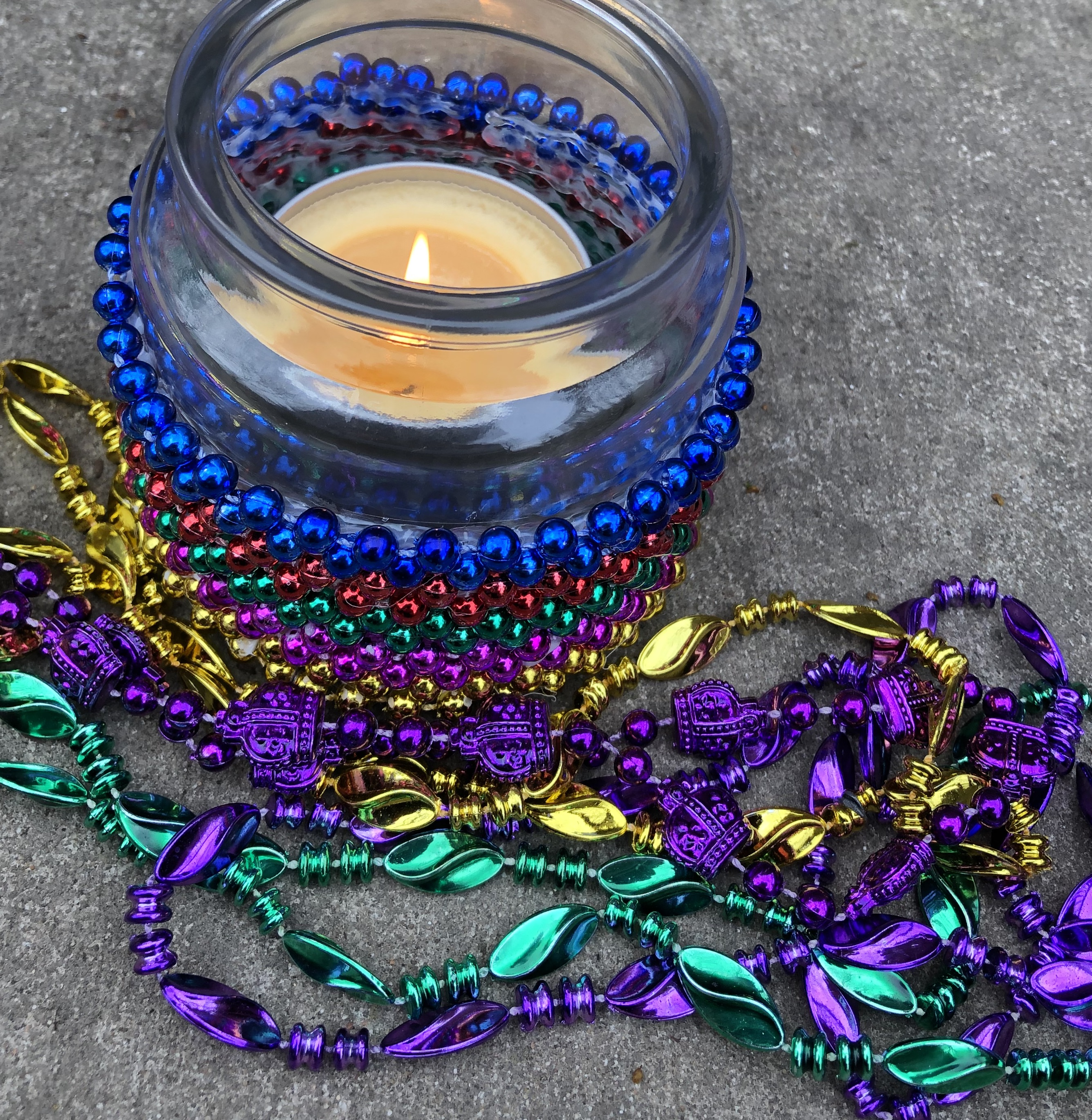 How to Make a Simple Mardi Gras Candle Jar