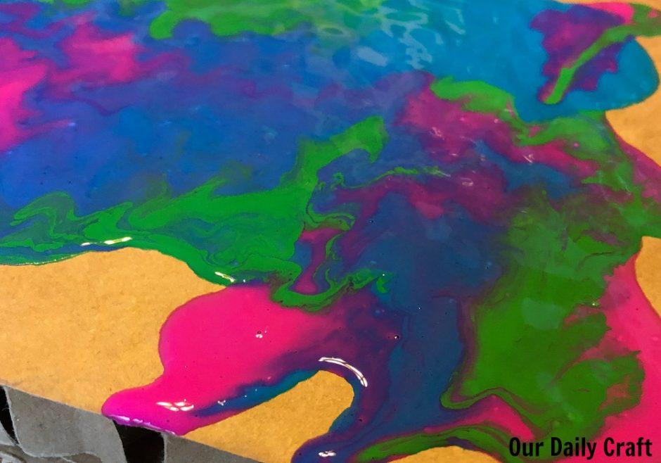 paint pouring experiment
