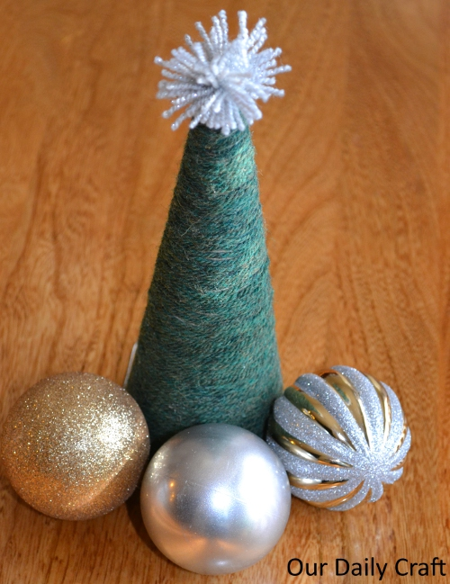 A Yarn-Wrapped Tree for the Table