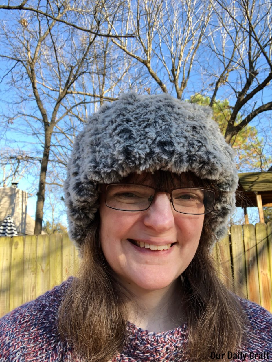 quick knit headband made with faux fur yarn