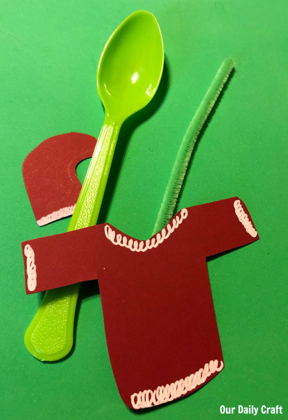 pieces to make a grinch spoon